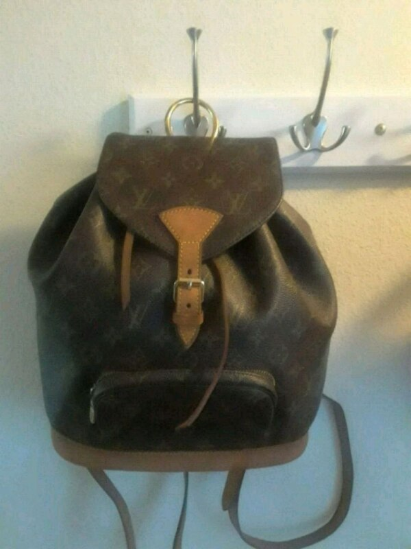 Used Louis Vuitton Monogram canvas bucket bag for sale in Eugene - letgo a2563ce9525f2