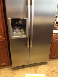 Used but fully working fridge (Water filter system with filter) Fontana