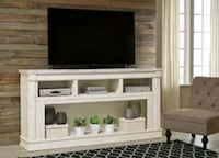 Becklyn Chipped White XL TV Stand | W642-68   Houston