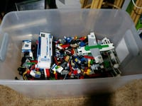 Large Lego collection with mini figs  Winnipeg, R2K 3V1