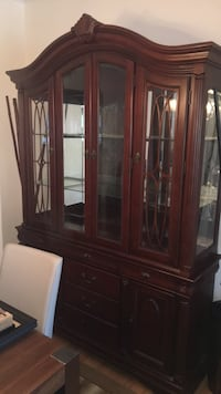 *MOVING SALE* Cherry china cabinet Leesburg, 20176