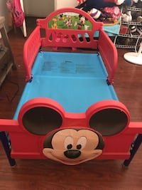 Mickey Mouse toddler bed Colton, 92324