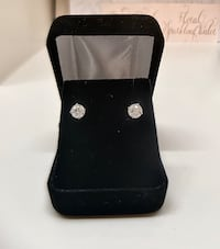 1.0 ctw Diamond Stud Earrings (tags on!) Middleburg, 20117