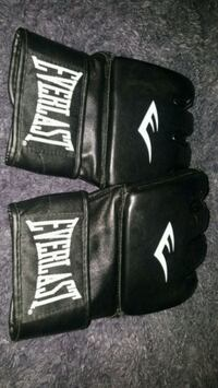 UNUSED MMA Grappling Gloves  Black leather  L/XL   Edmonton, T5G 2A4