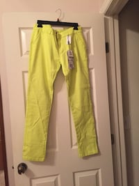 Women's yellow pants. Size 8. Brand new