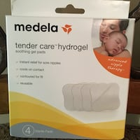 Medela breastfeeding gel pads. Unopened & unused.  Waycross, 31503