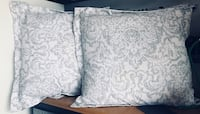 two white floral throw pillows Noblesville, 46062