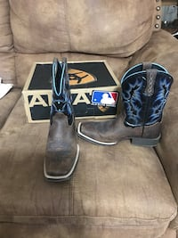 Boys brown, black, and blue size 5 boots Ozark, 65721