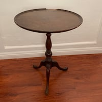 Antique Mahogany table Pomona