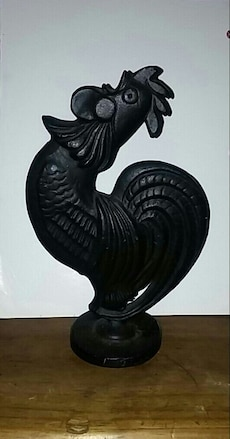 "Metal Rooster 8"" tall"