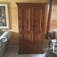 Brown armoire Miami, 33179