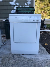 Bosch Small Stackable Washer/Dryer Ayer, 01432