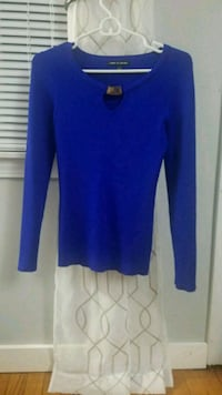 blue scoop neck long sleeve sweater Somers, 06071