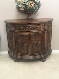 Beautiful solid wood entry table cabinet
