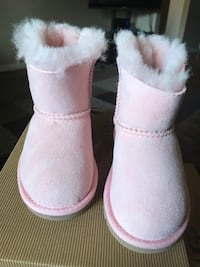 Brand New Toddlers UGG Boots!! Super Cute Toronto, M9L 1A5