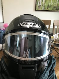 HJC women's snowmobile helmet. Size Medium. Mint condition, used 1 season barely. Easy to use, heated shield, nicely vented, light weight, modular helmet. Sunglass option for shield, fogless. Easton, 18042
