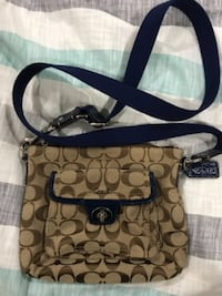Like new coach bag-used once or twice  VANCOUVER