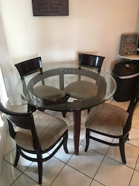 Modern Dining Room Table Set Huntington Beach, 92648