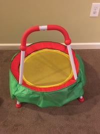 baby's green and red bouncer Plymouth, 55446