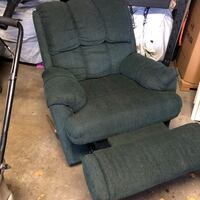 Green sofa recliner Toronto, M9L 1C2