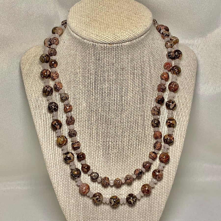 Genuine Agate Beaded Necklace with Sterling Silver Clasp 791ccbe4-db15-4474-8854-80dc663b1c1a
