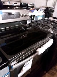 Ge stainless steel stove electric  Baltimore, 21223