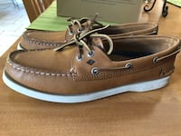 Speery top siders women size 8.5 brand new in box never worn. $125 new Oakville, L6H 6Y8