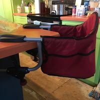 Chicco Table Mount Booster seat  92 mi