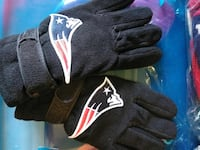 Patriots Eagles Winter Gloves $7 each  West Haven, 06516