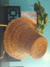 round brown wicker table decor Vancouver, V6N 3N1