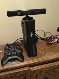 Black Xbox 360 Kinetic College Park, 30337