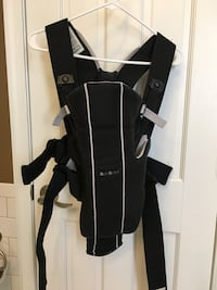 Baby bjorn baby carrier with enhanced back support Alexandria, 22302
