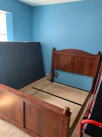 Full size frame head board and foot board Toms River, 08755