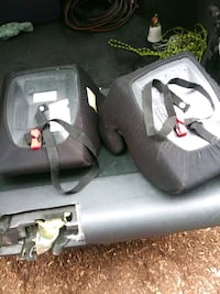 Booster seats both for 5.00 Manchester, 03102