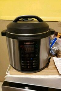 black and gray Hamilton Beach slow cooker Knoxville, 37920
