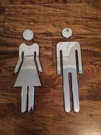 Female and male door sign Hendersonville, 37075