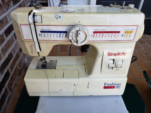Begagnad Simplicity Fashion Pro Sewing Machine Till Salu I Tucker Mesmerizing Simplicity Fashion Pro Sewing Machine