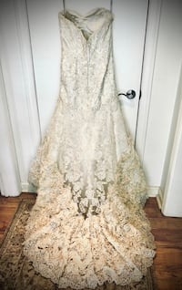 Wedding Dress- Essense of Australia  SAVANNAH