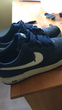 pair of blue-and-white Nike sneakers Victoria, V8V 2J3