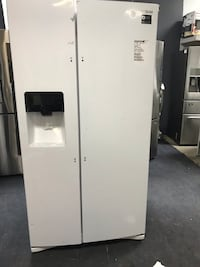 New Samsung side by side Refrigerator