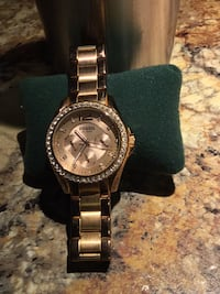 Gold Fossil watch  Greenville, 27834