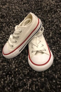Converse brand new!!! Size 6 infant