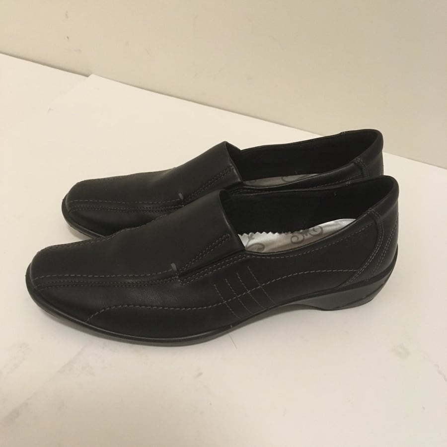 Ecco women's loafers size 38