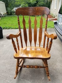 Wood Rocking Chair Lithonia, 30058