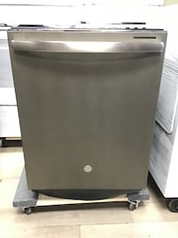 """24"""" GE BRAND NEW IN THE BOX DISHWASHER STAINLESS STEEL-BESTMAN APPLIANCES Vaughan"""