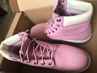 pair of pink leather work boots Odessa, 79765