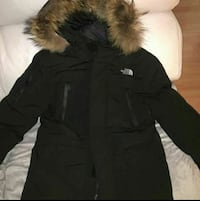 Parka negra de The North Face