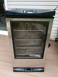 Electric 40 inch smoker with remote Rockville, 20850