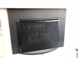 Fire place safety screen / decor - like brand new