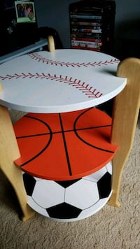 white and red wooden table Colorado Springs, 80918